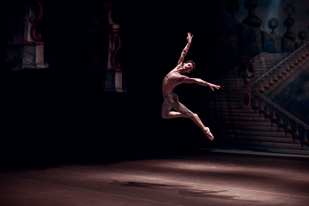 Невозможное – возможно, или Как попасть из футбола в балет