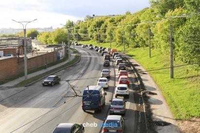 Как Чебоксары встали в 10-балльных пробках из-за ремонта дорог