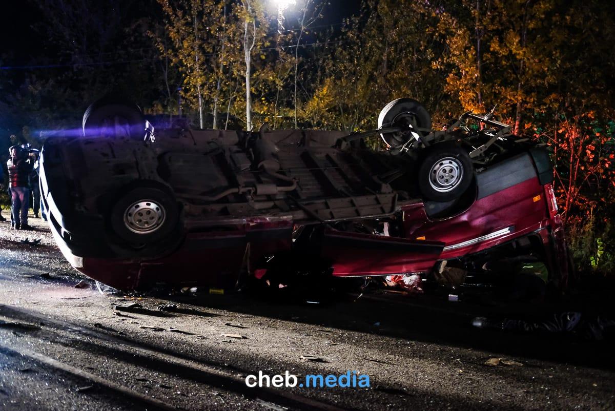 Под Чебоксарами самосвал протаранил микроавтобус «Канаш-Москва». Погибли 11 человек (список)