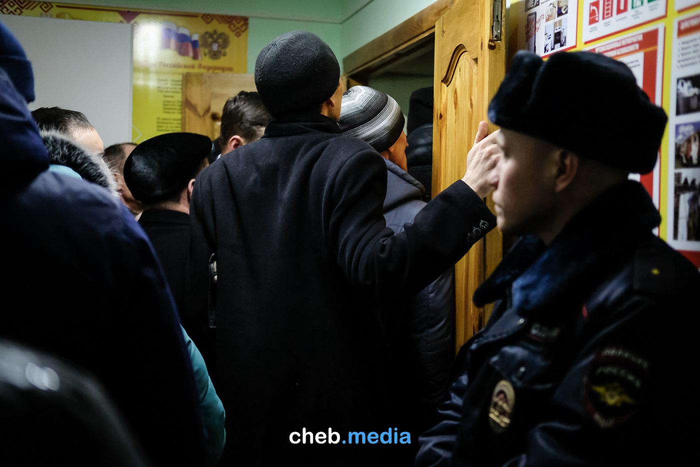Китайский молокозавод в Чувашии: жители против, но что это меняет? Репортаж с публичных слушаний