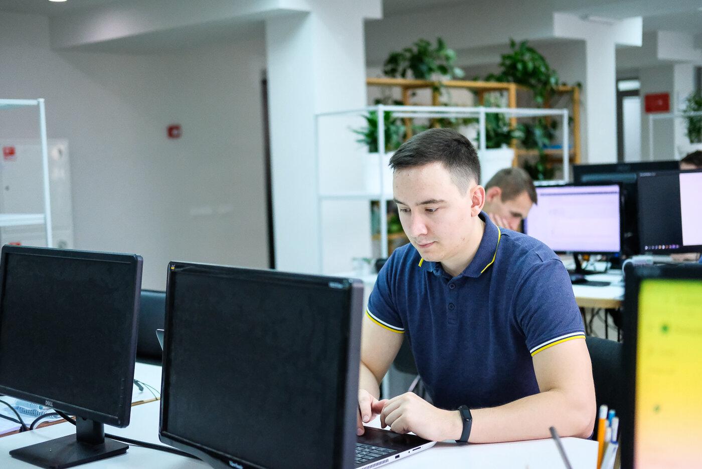 программист чебоксары